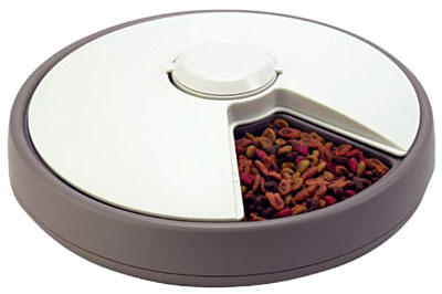 10. Koolatron Lentek 6-Day Automatic Pet Dish