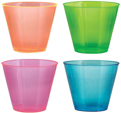 4. TashiBox Party Essentials Plastic Cups