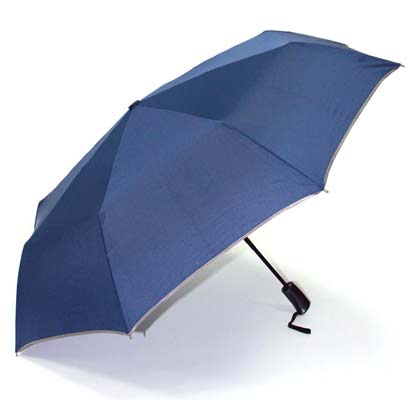4. Lotosblume Compact Travel Umbrella