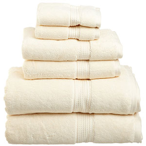 3. Superior 900 GSM Luxury Bathroom Towel Set (6-Piece)