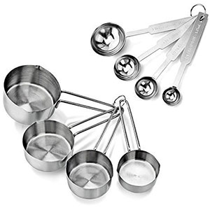5. New Star Foodservice 42917 Measuring Cups