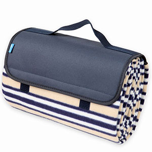 2. Yodo Outdoor Water-Resistant Picnic Blanket