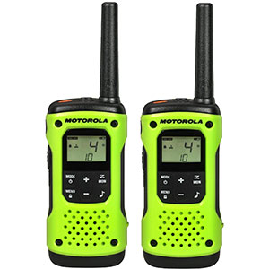 6. Motorola T600 Talkabout Radio (2 Pack)