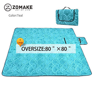 6. ZOMAKE Large Picnic Waterproof Blanket