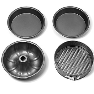 9. Elite Kitchenware 4 Piece Cake Pans Set