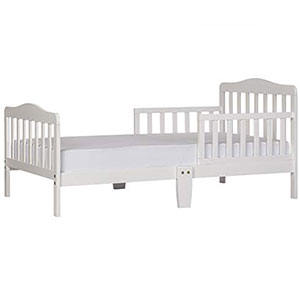 3. Dream On Me Classic Toddler Bed