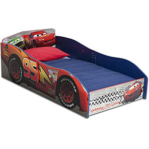 4. Delta Children Wood Toddler Bed