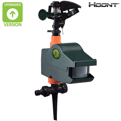 3. Hoont Outdoor Water Jet Motion Activated Sprinkler
