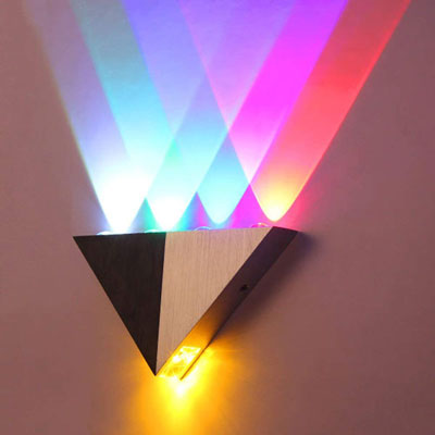 9. LemonBest Modern Triangle 5W LED Wall Sconce
