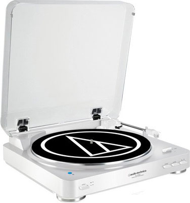 1. Audio-Technica Bluetooth Turntable (AT-LP60WH-BT)