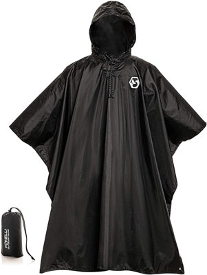 5. Foxelli Hooded Rain Poncho